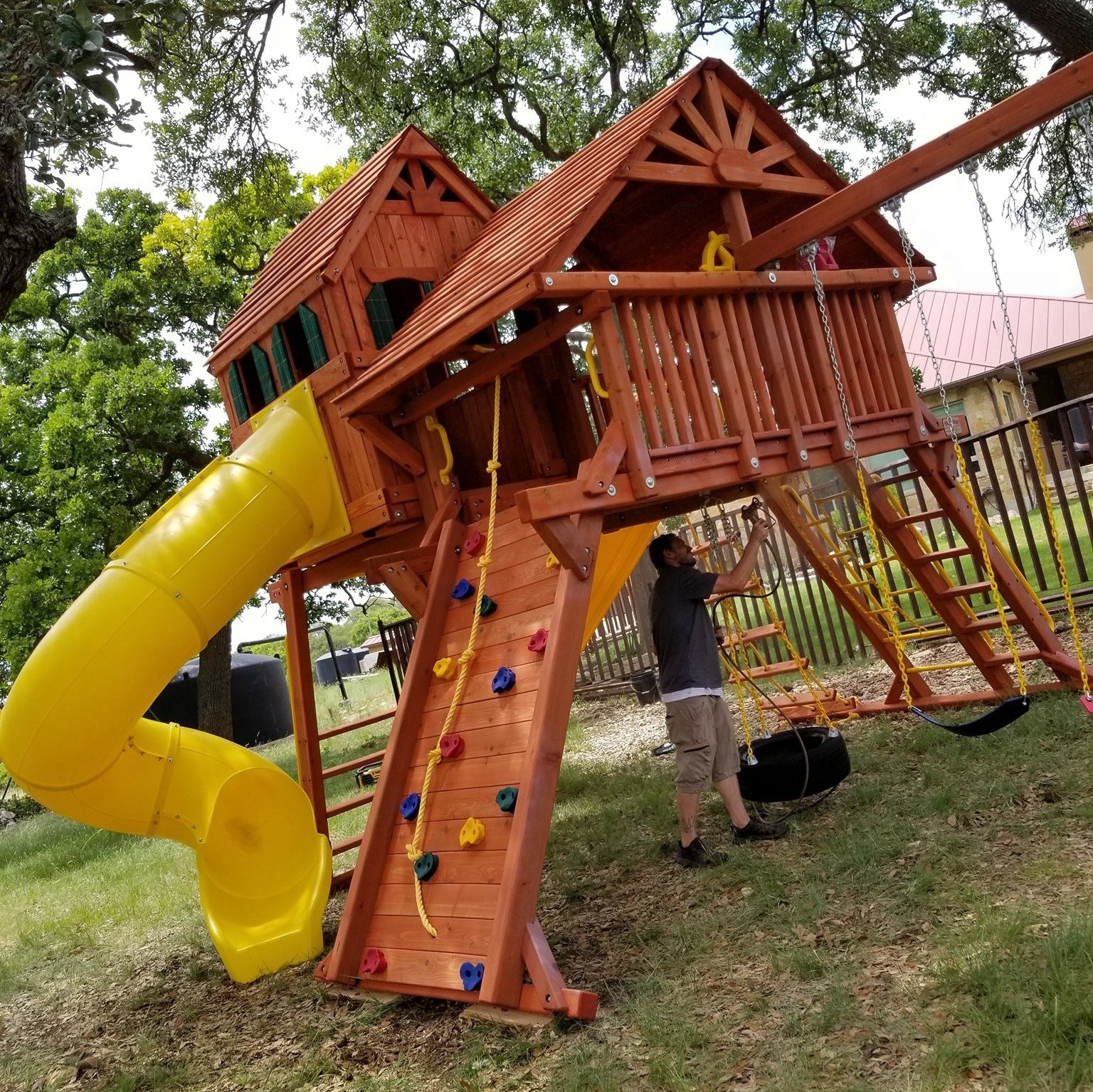 Tips for Your Backyard Playground-1